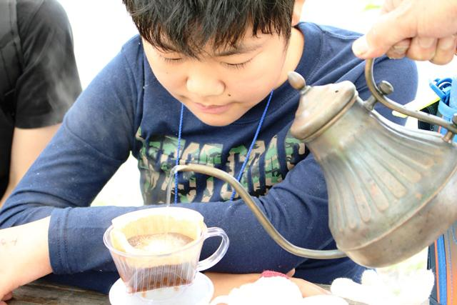 コーヒーを淹れる.jpg