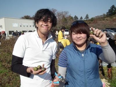 http://www.muji.net/camp/minaminorikura/blog/freezed_tent.jpg
