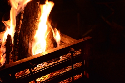0309焚き火.JPG