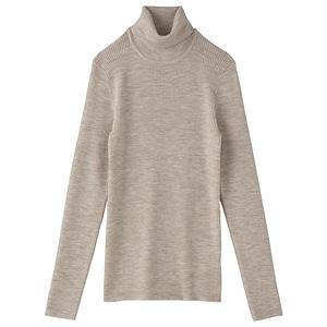 2009年 首のチクチクを抑えたタートルネックセーター